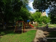 Тольятти, ул. Революционная, 2: детская площадка возле дома