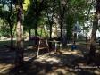 Тольятти, ул. Революционная, 10: площадка для отдыха возле дома