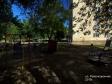 Тольятти, ул. Революционная, 16: детская площадка возле дома