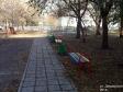 Тольятти, ул. Дзержинского, 35: площадка для отдыха возле дома