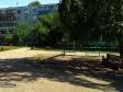 Тольятти, ул. Матросова, 43: площадка для отдыха возле дома