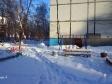 Тольятти, ул. Ворошилова, 4: детская площадка возле дома