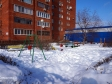 Тольятти, ул. Свердлова, 3: детская площадка возле дома