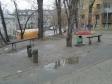 Екатеринбург, ул. Гурзуфская, 15А: площадка для отдыха возле дома