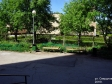 Тольятти, ул. Свердлова, 5: площадка для отдыха возле дома
