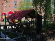 Тольятти, ул. Ворошилова, 69: площадка для отдыха возле дома
