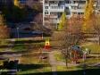 Тольятти, ул. Автостроителей, 21: детская площадка возле дома