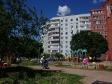 Тольятти, ул. Автостроителей, 74: площадка для отдыха возле дома