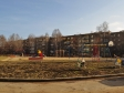 Екатеринбург, Дорожная ул, 19: спортивная площадка возле дома
