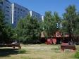 Тольятти, ул. Автостроителей, 100: площадка для отдыха возле дома