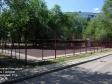 Тольятти, ул. Дзержинского, 25: спортивная площадка возле дома