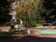 Тольятти, Avtosrtoiteley st., 11: площадка для отдыха возле дома