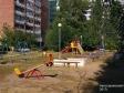 Тольятти, ул. Автостроителей, 5: детская площадка возле дома