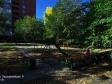 Тольятти, б-р. Орджоникидзе, 8: детская площадка возле дома