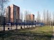 Тольятти, б-р. Орджоникидзе, 10: спортивная площадка возле дома