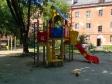 Екатеринбург, ул. Комсомольская, 27: детская площадка возле дома