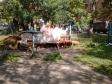 Екатеринбург, ул. Учителей, 1: площадка для отдыха возле дома