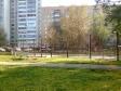Екатеринбург, пер. Малахитовый, 8: спортивная площадка возле дома