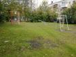 Екатеринбург, пер. Газорезчиков, 39: детская площадка возле дома