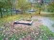 Екатеринбург, ул. Сурикова, 31: детская площадка возле дома