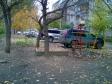 Екатеринбург, ул. Сурикова, 28: детская площадка возле дома