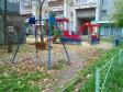 Екатеринбург, ул. Серова, 35: детская площадка возле дома