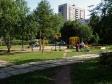 Тольятти, ул. Свердлова, 11: детская площадка возле дома