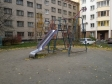 Екатеринбург, ул. Большакова, 75: детская площадка возле дома