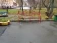 Екатеринбург, ул. Ясная, 18: площадка для отдыха возле дома
