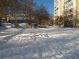 Екатеринбург, ул. Зои Космодемьянской, 49: площадка для отдыха возле дома