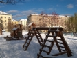 Екатеринбург, ул. Бородина, 13: детская площадка возле дома