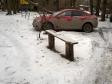 Екатеринбург, ул. Хуторская, 4: площадка для отдыха возле дома