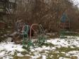 Екатеринбург, ул. Азина, 15: детская площадка возле дома